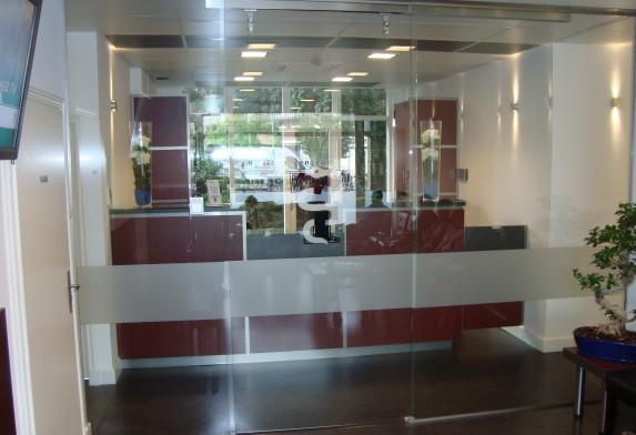 Automatische Glazen Deuren.Automatische Glass Inside