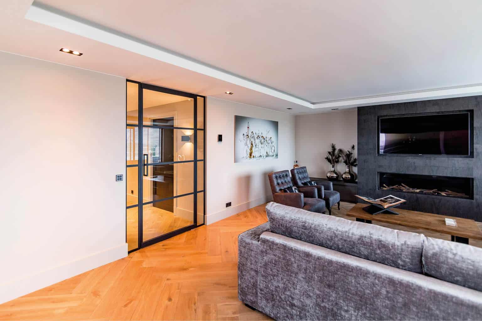 Like steel deelnemer eigen huis beurs utrecht glass inside for Huis en interieur beurs